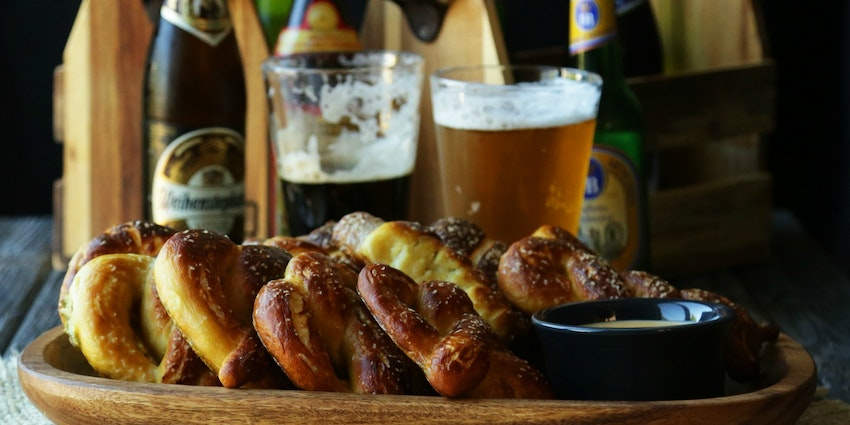Oktoberfest Homemade Pretzels & German Beer Cheese Sauce