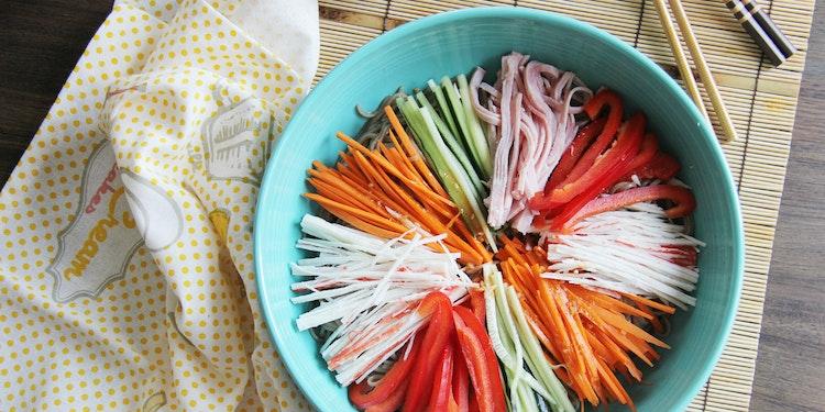 Cold Soba Noodles with Julienned Vegetables