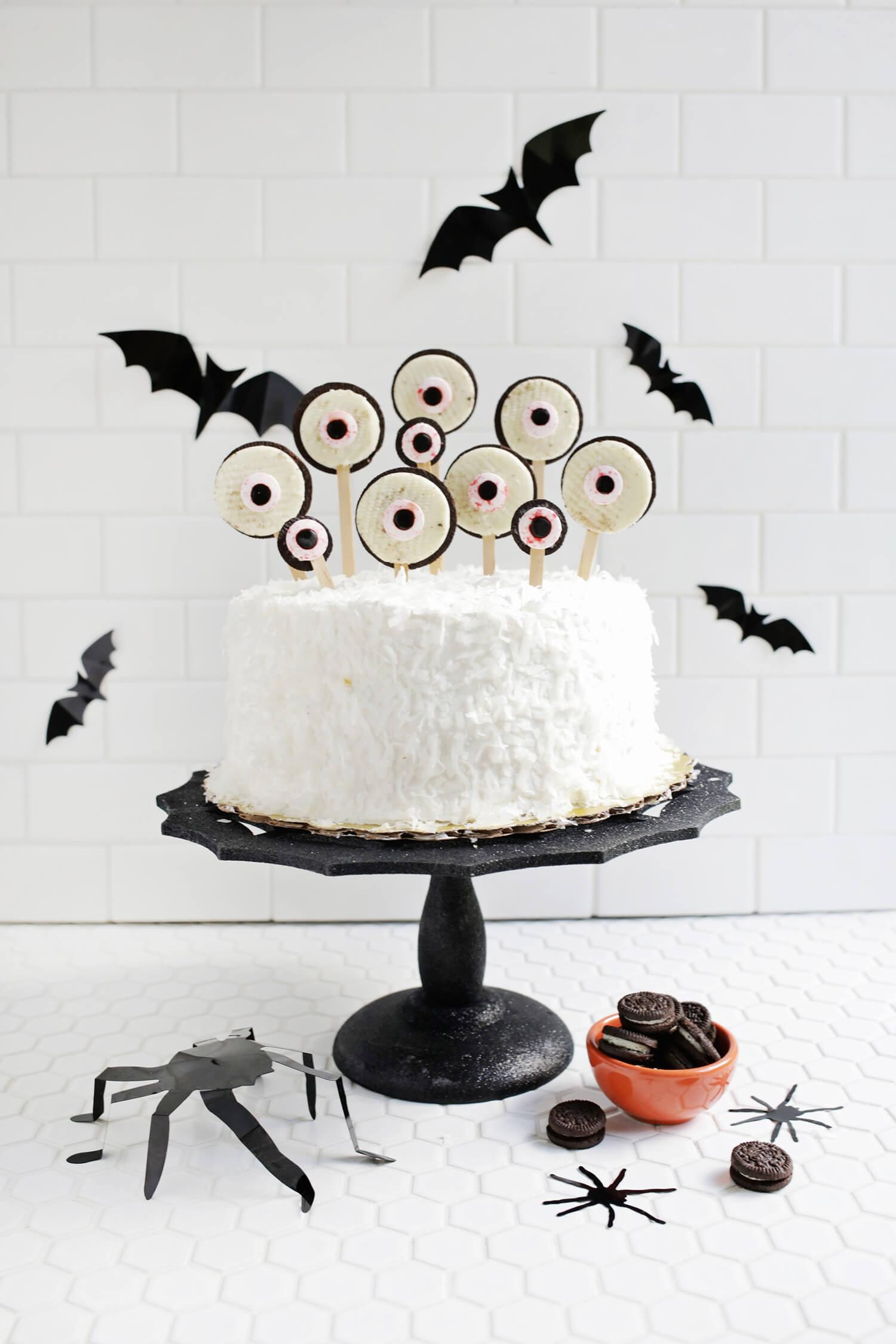Spooky Eye Cake Toppers