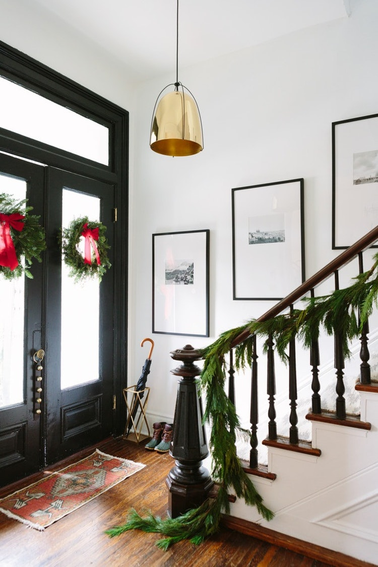 Stress-Free Ways to Decorate for the Holidays