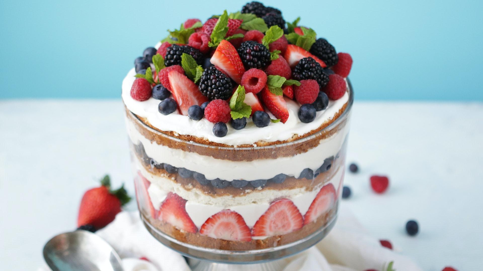 Homemade Angel Food Cake Trifle Recipe with Fresh Berries