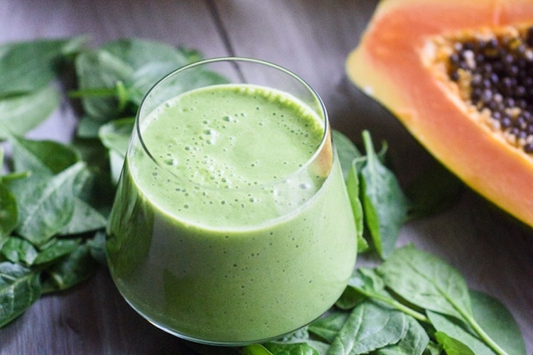 26 Nutrient-Filled Green Smoothies for a Quick Breakfast