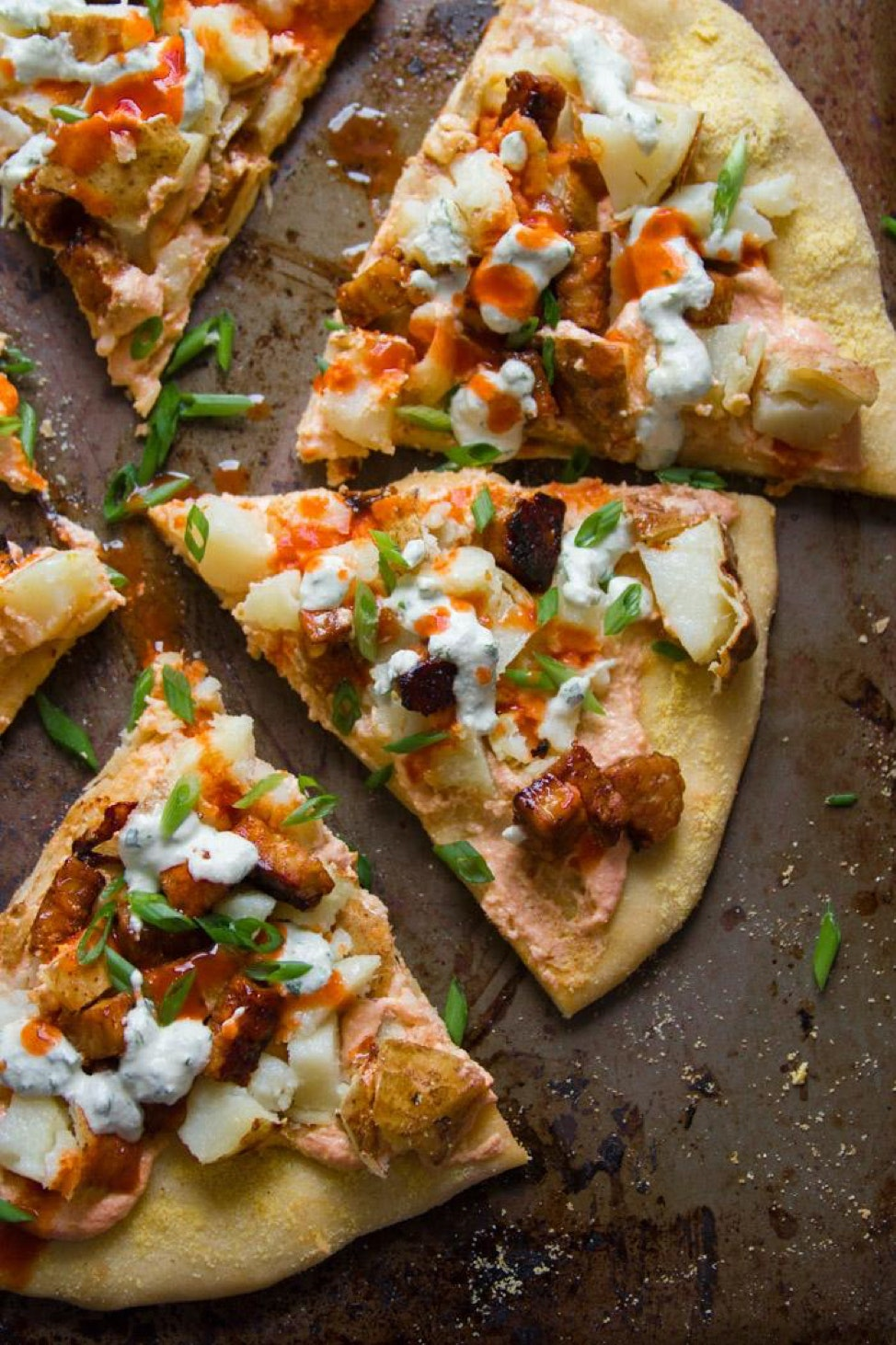 Vegan Buffalo Baked Potato Pizza
